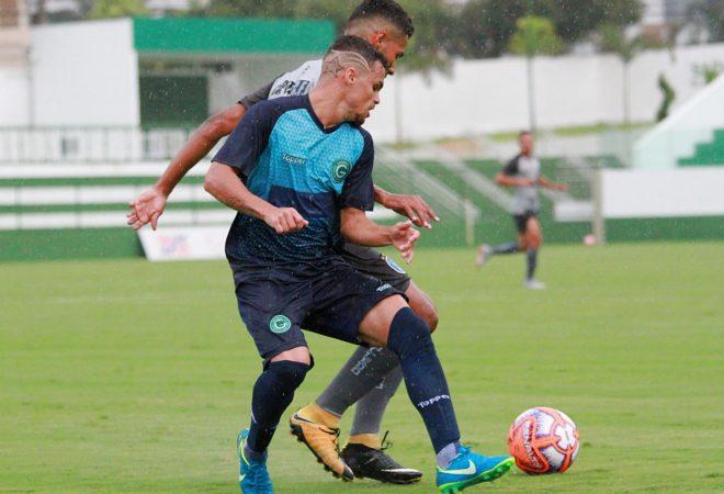 12a9d83f820fe Goiás empata jogo-treino com o Capital-DF em primeiro teste no ano
